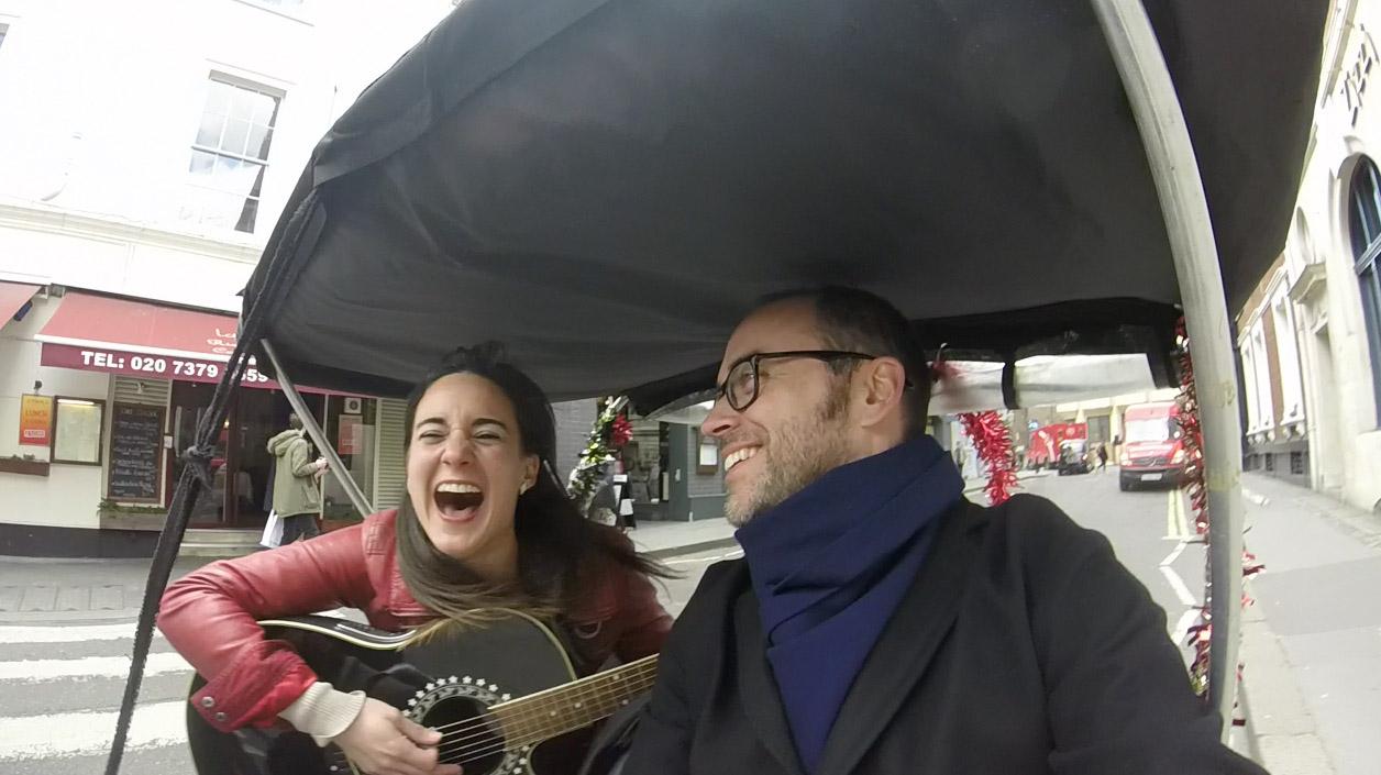 Estrenando disco por el centro de Londres con Cristina Gestido