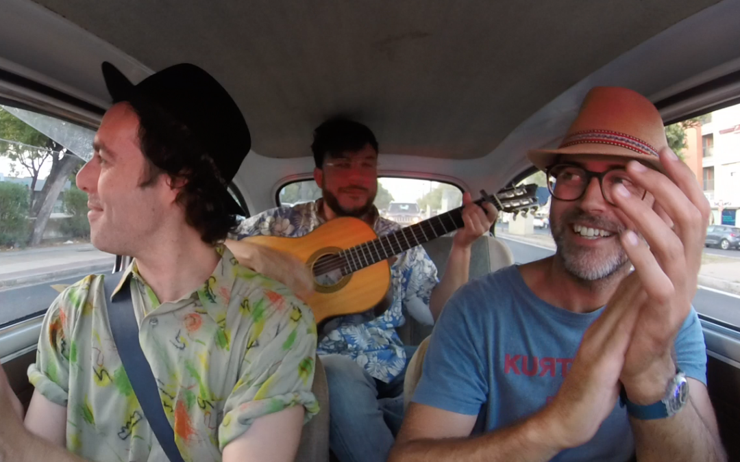 Paseo musical con Antílopez, dos jugones muy ingeniosos con la palabra